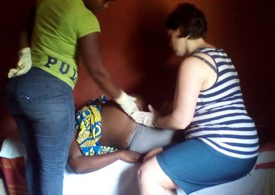 Maria from Germany as a volunteer with community-based midwife